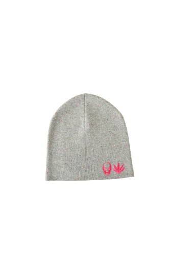 KNIT CAP WITH SKULL & LEAF